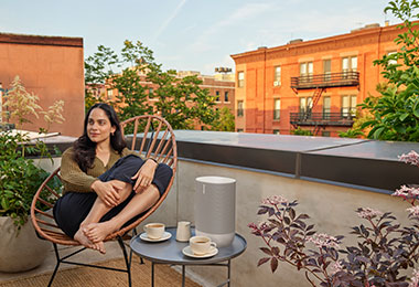 Move Lunar White Lifestyle Urban Apartment